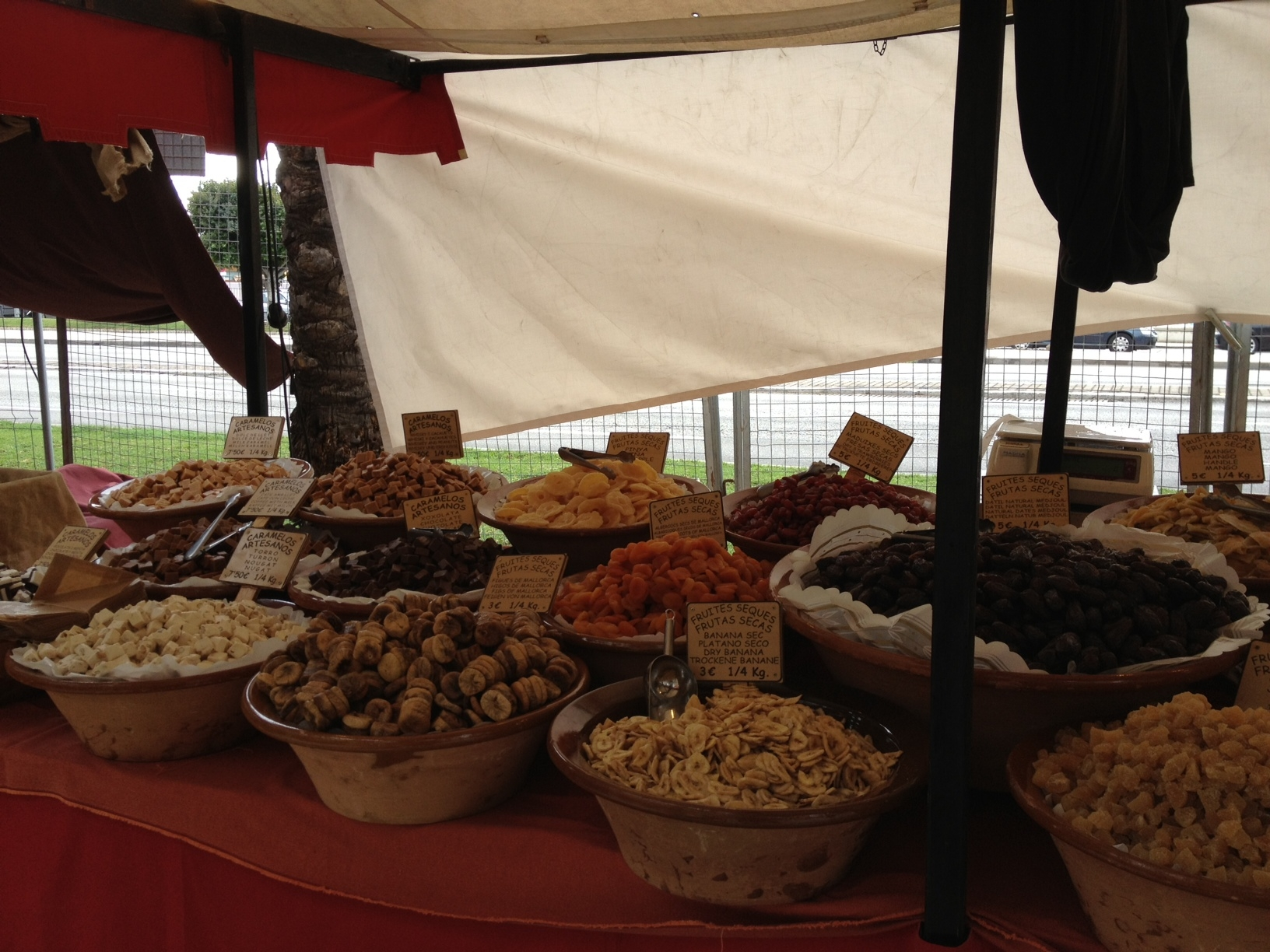 Majorcan medieval market by Mallorca private tour guides, dry fruits, orejones